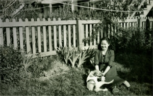 mom_yard_1950