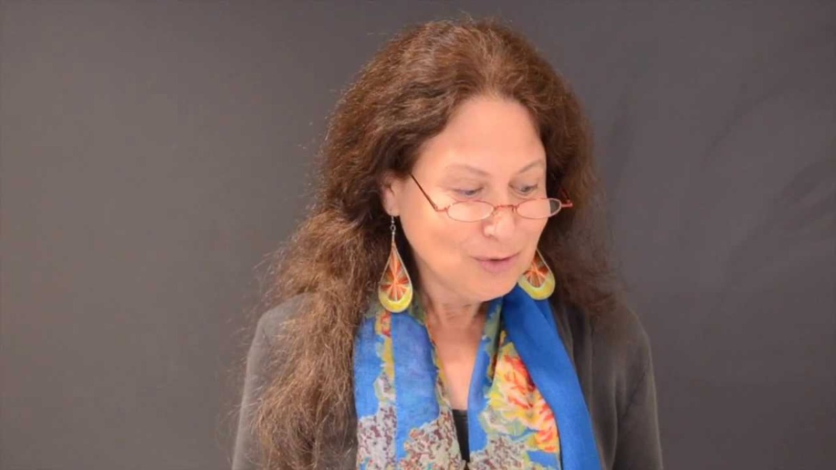 Video Jane Hirshfield Reads For What Binds Us Vox Populi